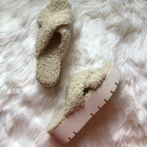 Boho Furry chunky Sandal
